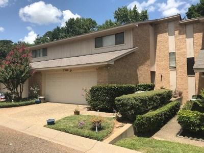 Tyler Condo/Townhouse For Sale: 2302 Villa Dr.