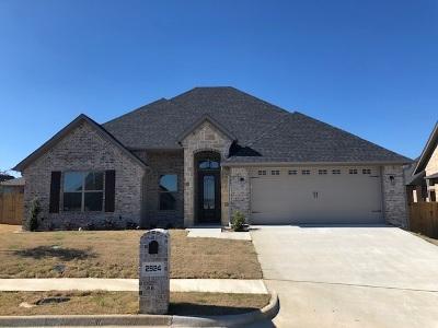 Tyler Single Family Home For Sale: 2924 Salado Creek
