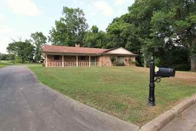 Gilmer TX Single Family Home For Sale: $164,500