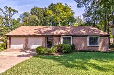Tyler TX Single Family Home For Sale: $159,900