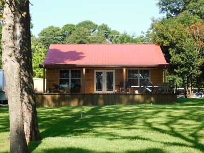 Single Family Home For Sale: 23013 Lakeside Dr