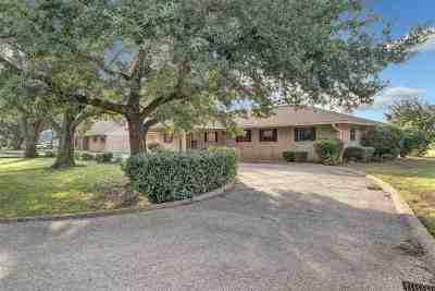 Bullard Single Family Home For Sale: 111 Marina Drive