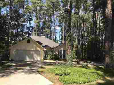Holly Lake Ranch Single Family Home For Sale: 155 Pine Needle Glen
