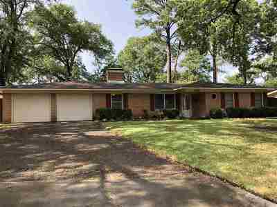 Tyler Single Family Home Contingent - Active: 3207 Fernwood Dr.