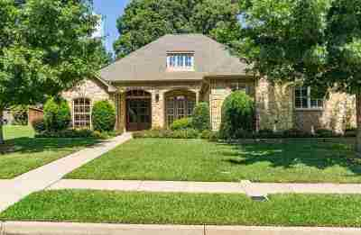 Tyler Single Family Home For Sale: 2017 Holly Leaf Dr