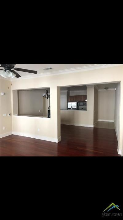 Tyler Condo/Townhouse For Sale: 3363 Cascades Ct. #208