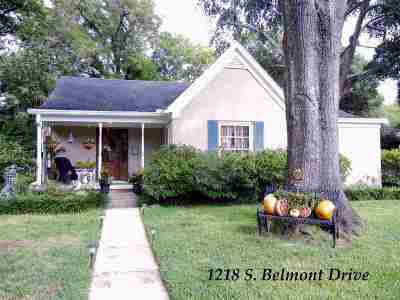 Single Family Home For Sale: 1218 S Belmont