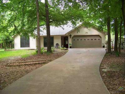 Holly Lake Ranch TX Single Family Home For Sale: $184,000