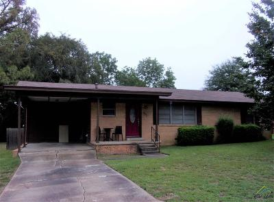 Henderson TX Single Family Home For Sale: $104,900