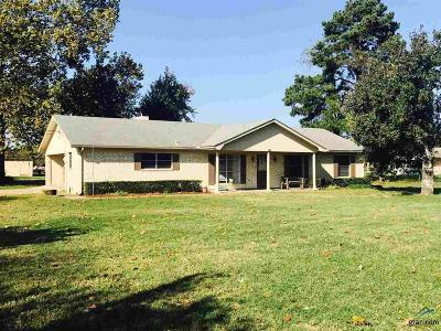 Mineola TX Single Family Home For Sale: $144,900