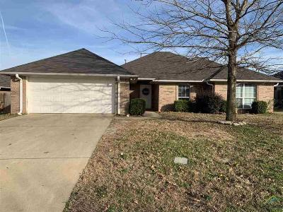 Tyler Single Family Home For Sale: 560 Spencer Ln