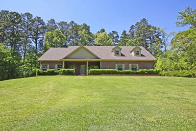 Tyler Single Family Home For Sale: 10545 Lakeshore Dr.