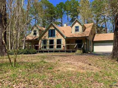 Wood County Single Family Home For Sale: 1032 County Road 3810