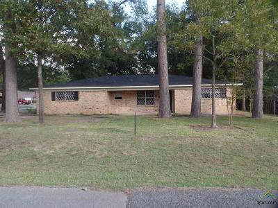 Jacksonville Single Family Home For Sale: 302 Toby Lane