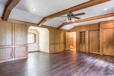 Jacksonville Single Family Home For Sale: 911 Forest Trail