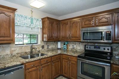 Chandler Single Family Home For Sale: 22064 Ellis Dr.
