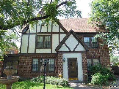 Tyler Multi Family Home For Sale: 208 W Phillips, Apt 100