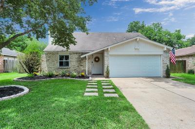 Single Family Home For Sale: 22722 Braken Carter Lane