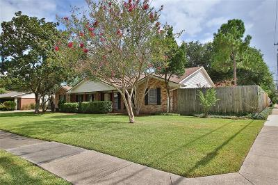 Houston Single Family Home For Sale: 5475 Jackwood Street