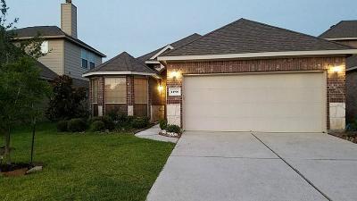Humble Single Family Home For Sale: 14906 Fall Creek Preserve Drive