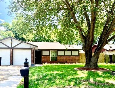 Houston Single Family Home For Sale: 15911 Willbriar Lane