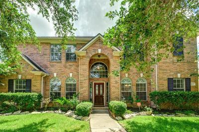 Sugar Land Single Family Home For Sale: 4215 Monarch Drive