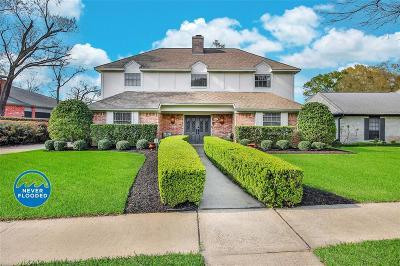 Jersey Village Single Family Home For Sale: 16522 De Lozier Street