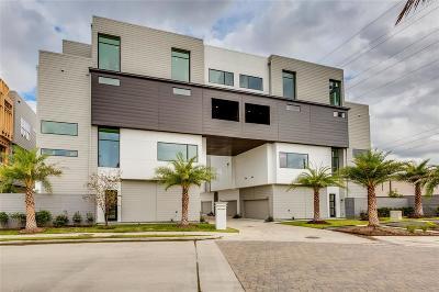 Houston Condo/Townhouse For Sale: 5903 E Post Oak Lane