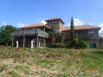 Baytown Single Family Home For Sale: 8128 Tri City Beach Road