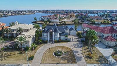 Seabrook Single Family Home For Sale: 2002 Shoreline Drive