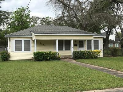 Single Family Home Sold: 1520 Milam Street