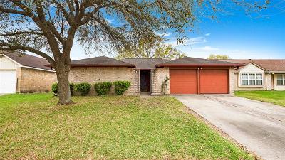 Friendswood Single Family Home For Sale: 2530 General Colony Drive