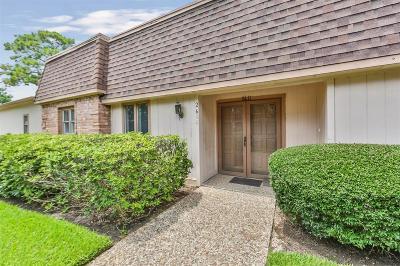 Missouri City Condo/Townhouse For Sale: 2611 Yorktown Lane #5
