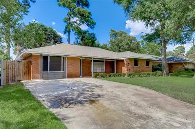 Oak Forest Single Family Home For Sale: 2026 Libbey Drive