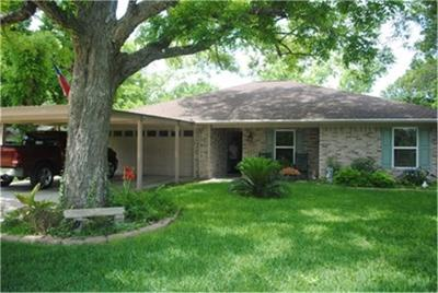 Columbus TX Single Family Home For Sale: $255,000