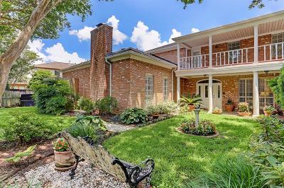 Sugar Land Single Family Home For Sale: 111 Blancroft Court