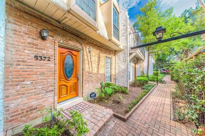 Houston Condo/Townhouse For Sale: 5372 Brownway Street #D34