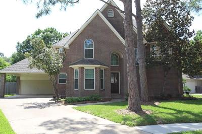 Sugar Land Single Family Home For Sale: 907 Oakland Court