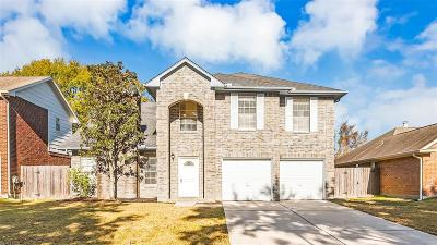 Friendswood Single Family Home For Sale: 15911 Camp Fire Road