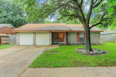 Houston Single Family Home For Sale: 6726 Feather Creek Drive