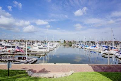 Kemah Condo/Townhouse For Sale: 491 Mariners Drive