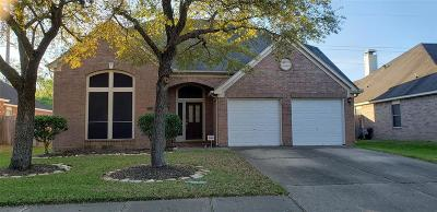 Sugar Land Single Family Home For Sale: 2334 Sparrow Branch Court