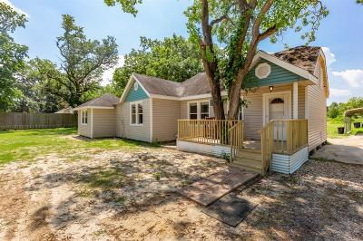Highlands Single Family Home For Sale: 607 Battlebell Road
