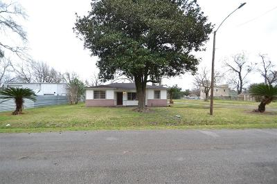 Houston Single Family Home For Sale: 4802 Russell Street