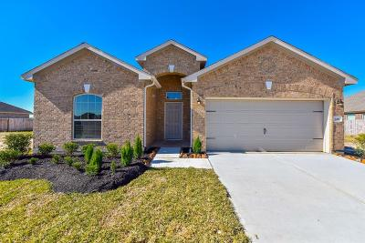 La Marque Single Family Home For Sale: 326 Morning Cypress Lane