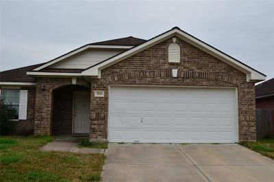Fresno TX Single Family Home For Sale: $145,000
