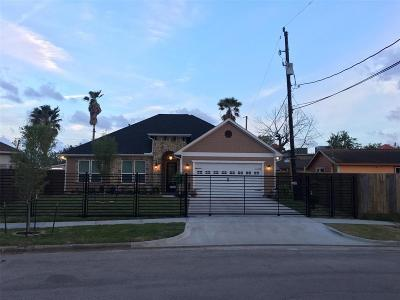 Houston Single Family Home For Sale: 2243 Harwell Drive