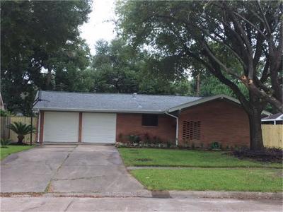 Pasadena Single Family Home For Sale: 2505 Blueberry Lane