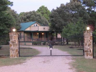 Hockley Single Family Home Pending: 28383 Melanie Lane