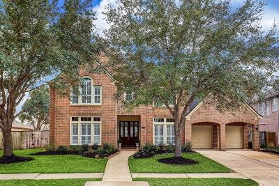 Sugar Land Single Family Home For Sale: 7510 Guinevere Drive
